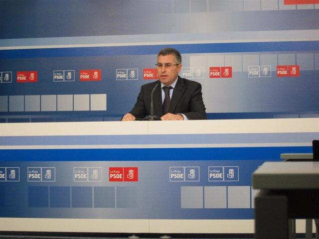 El diputado regional del PSOE, José Ángel Lacalzada