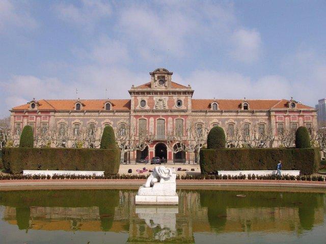 Vista exterior del Parlament De Catalunya