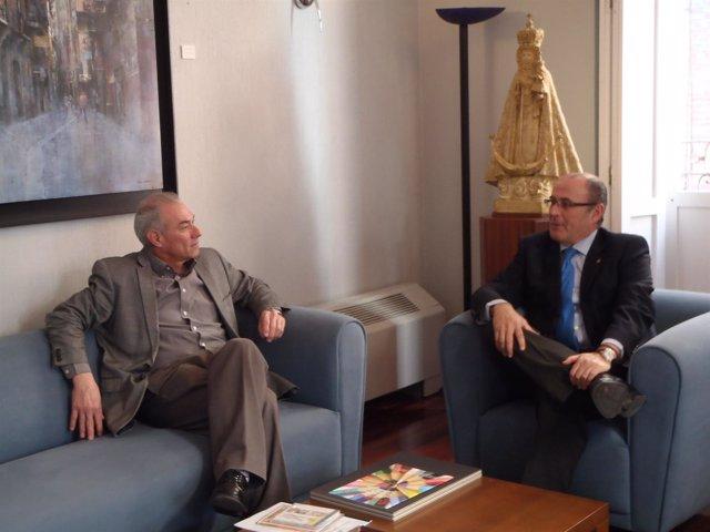 El embajador de Nicaragua se reúne con secretario geenral Cámara Comercio