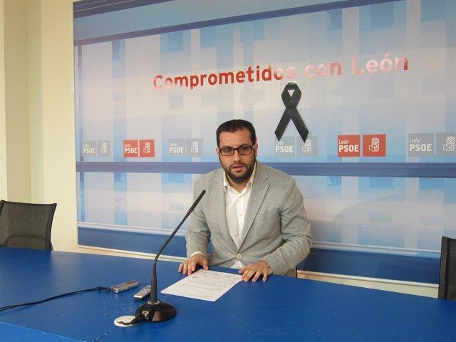 El senador socialista Ibán García del Blanco