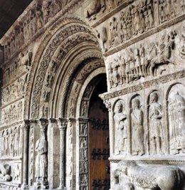 Portal del Monasterio de Ripoll