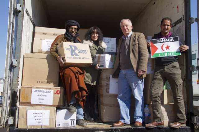 La Caravana por la paz parte de Huelva hacia el Sáhara.
