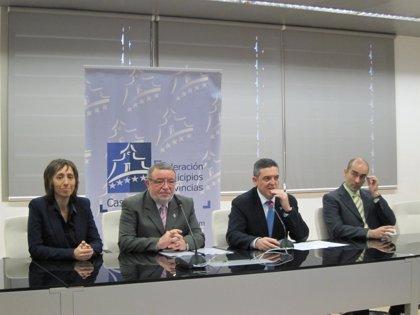 Ayuntamientos de C-LM podrán contar con intérpretes de lengua de signos en base a un acuerdo entre FEMP y FESORMANCHA