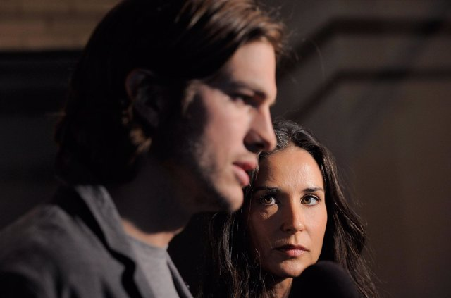 NEW YORK, NY - APRIL 14:  Actors Ashten Kutcher and Demi Moore speak to the medi