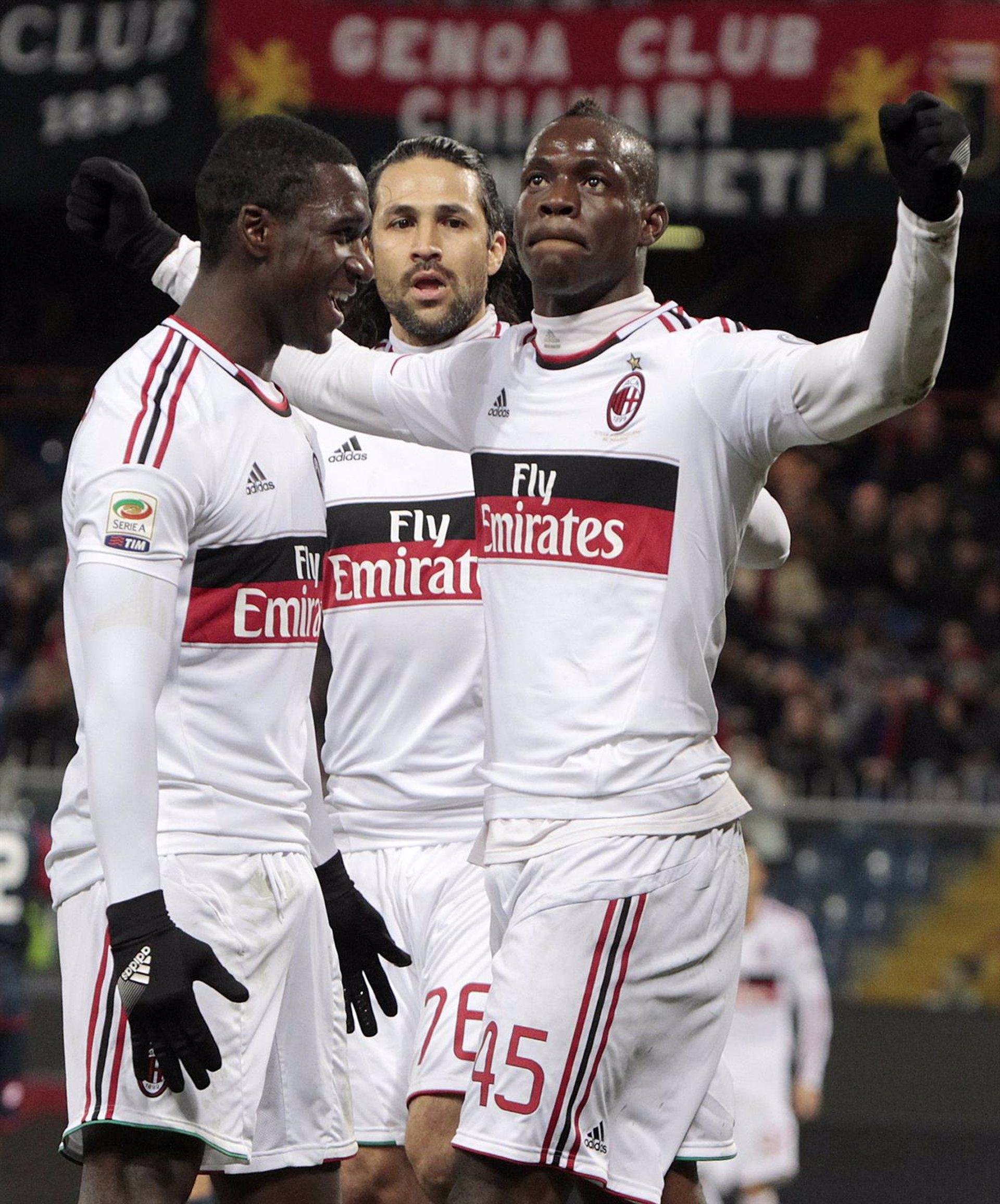 El Milan defiende su tercera plaza con una victoria (0-2) contra el Genoa antes de visitar el Camp Nou