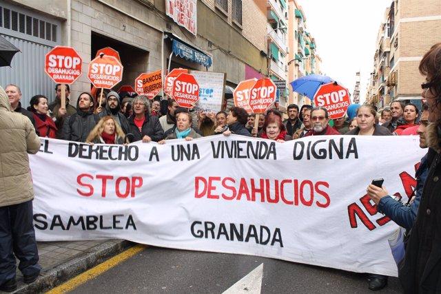 Stop Desahucios evitan un desahucio de una mujer víctima de violencia