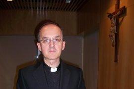 """Obispo de Huesca y Jaca dice que """"nos disponemos a acoger en nuestros corazones el mensaje"""" de Francisco I"""