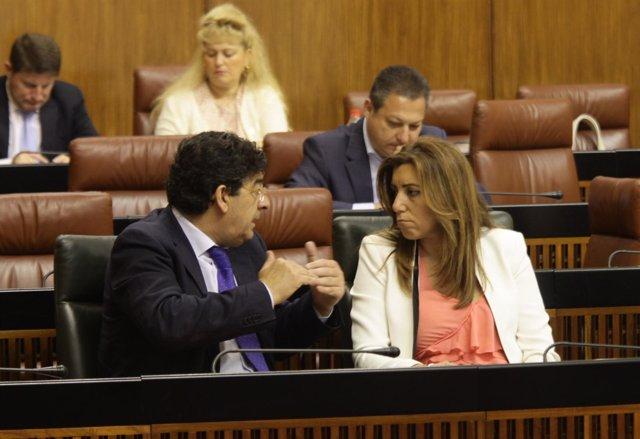 Susana Díaz Conversa Con Diego Valderas En El Parlamento