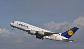 Lufthansa adquirirá 100 aviones A320 y dos A380, valorados en 8.670 millones