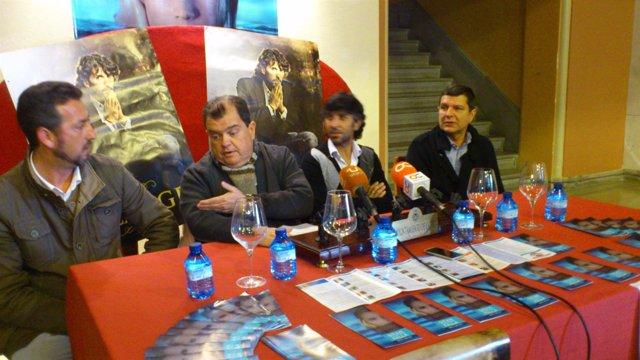 Presentación del espectáculo 'Olor a tierra' del artista flamenco Arcángel