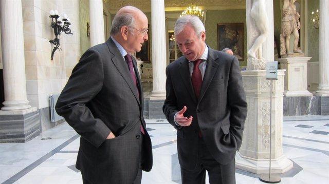 Carlos Egea junto al presidente Valcárcel