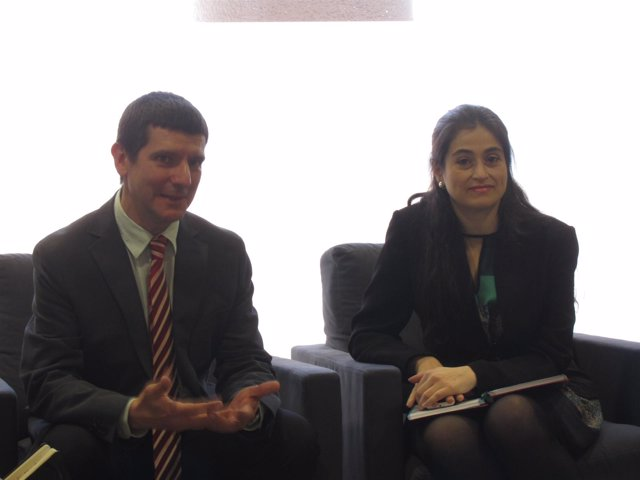 El economista de la UPC A.Arola y la directora de Construmat, Pilar Navarro