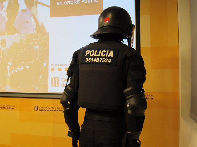 Modelo con el nuevo identificativo de los antidisturbios