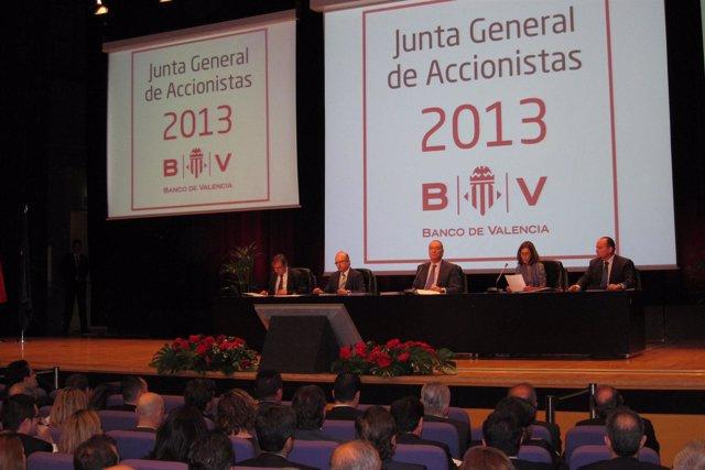 Mesa de la Junta de accionistas de Banco de Valencia