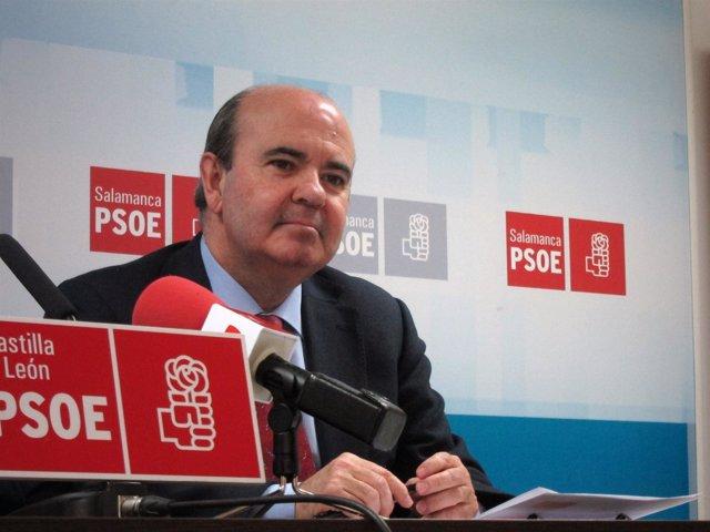 El secretario de Ciudades y Política Municipal del PSOE, Gaspar Zarrías