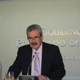 El consejero de Economía y Empleo Graciano Torre