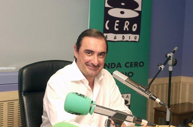 """Carlos Herrera, Director Y Presentador De """"Herrera En La Onda"""""""