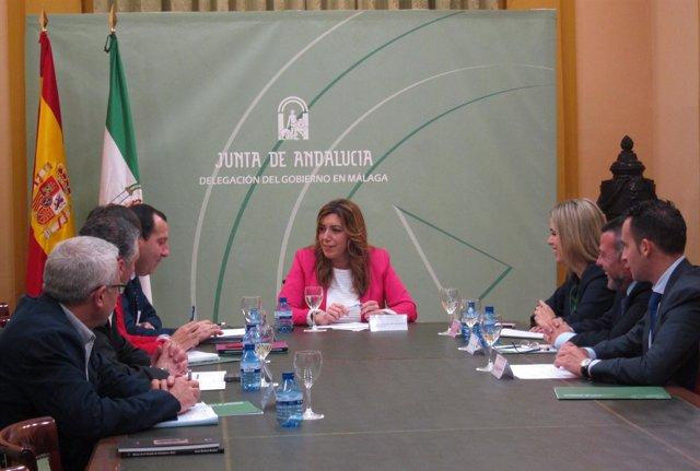 La consejera de la Presidencia e Igualdad se reúne con delegados de Málaga