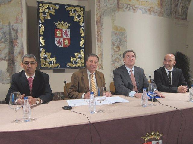 De izq. A drcha., Jesús M. Hurtado, Mateos, Adrián García y Joan Cruz
