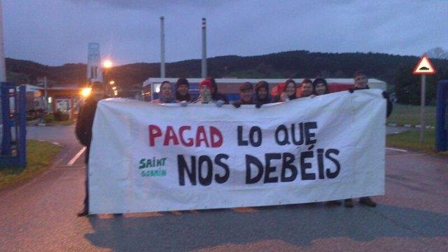 Protesta Saint Gobain