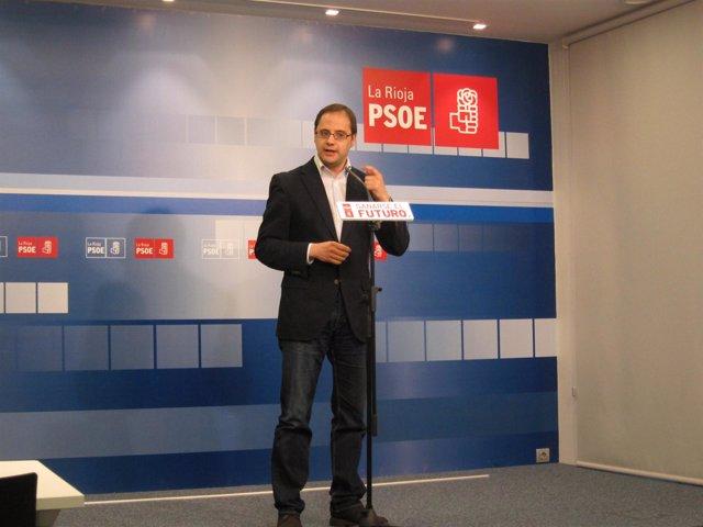 El secretario general del PSOE de La Rioja, César Luena