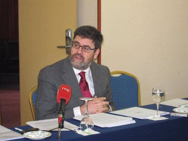 Antonio López, en un encuentro informativo en Almería