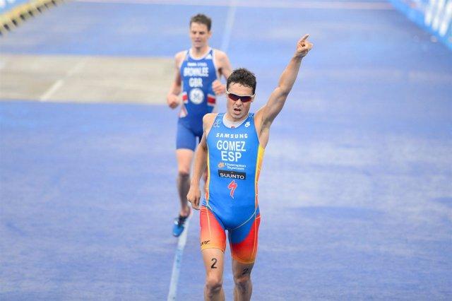 Javi Gómez Noya Series Mundiales oro Nueva Zelanda Auckland