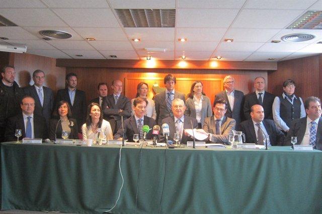 Representantes del sector comercial, alimentario, hostelero y del reciclaje