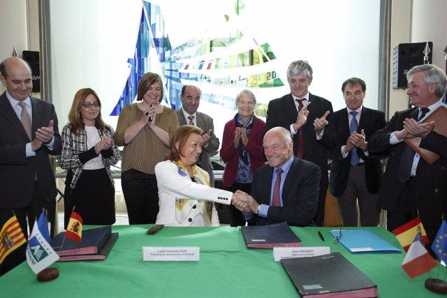 Rudi y Rousset tras la firma del acuerdo para impulsar el Canfranc