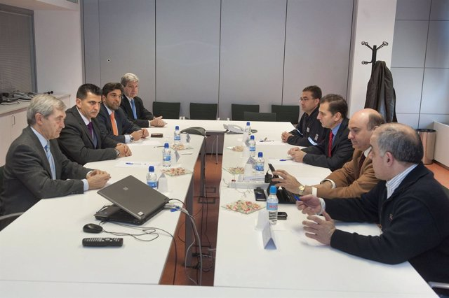 Imagen de la reunión mantenida en la ANE.