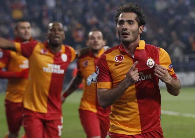Hamit Altintop, con el Galatasaray