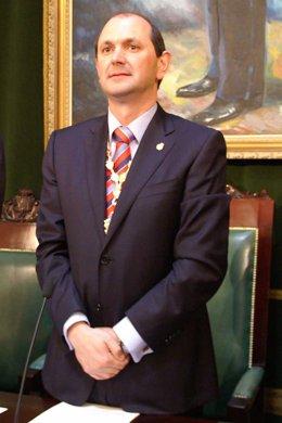 Rafael Louzán
