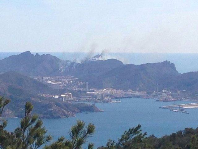 Incendio en refinería Escombreras