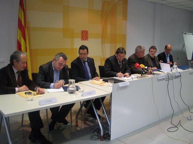 Firma del acuerdo de precios para el canal Segarra Garrigues