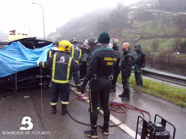Accidente de tráfico mortal en Mieres.