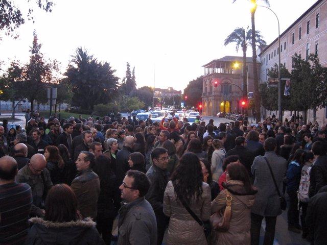 Manifestantes en Teniente Flomesta