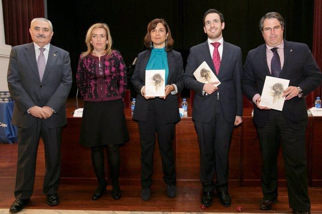 Presentación del 'Pregón de la Semana Santa 2013', en la Fundación Cajasol