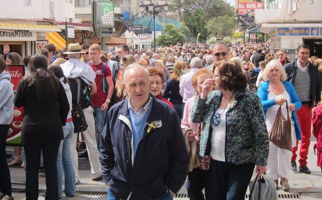 Imagen de Turistas en Torremolinos (Málaga)