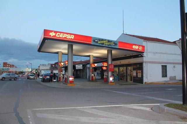 El consumo de gasolina y gasóleo cae un 12,3% en febrero