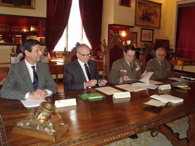 Firma del acuerdo entre Iberdrola y la Academia