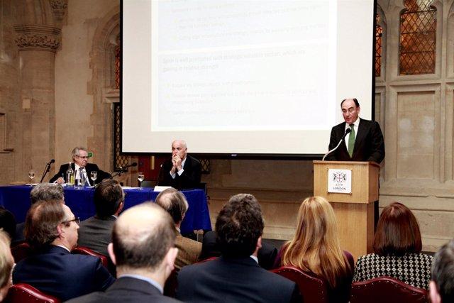 Ignacio Galán en Londres en la presentación del estudio del el estudio del CEC