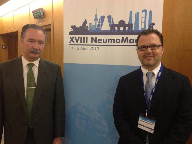 Imagen de los doctores Jiménez y Martinón en el 'Congreso NeumoMadrid'
