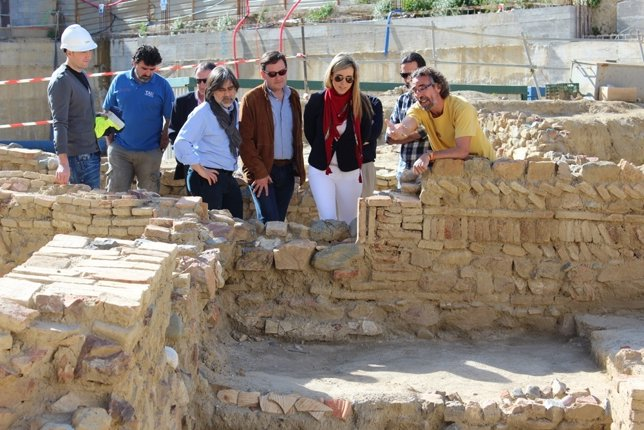 Excavación arqueológica estructura funeraria Málaga capital Junta