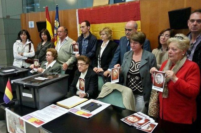 Reconocimiento en Massamagrell a los familiares de fusilados en Paterna