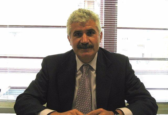 Francisco Saavedra, nuevo director de la Escuela de la Administración Pública