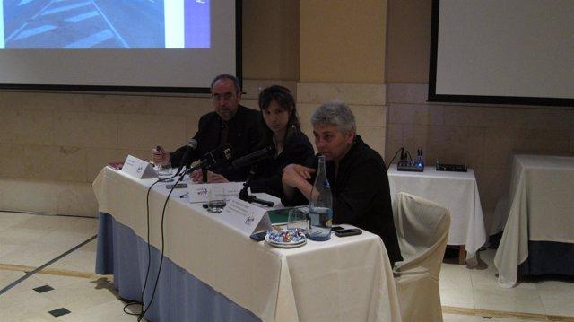 Miembros de FEDE han presentado la campaña 'Contra la reutilización de agujas'