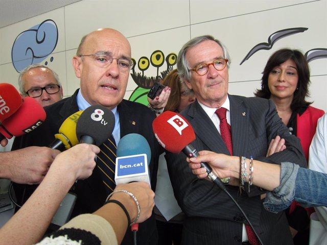El conseller de Salud B.Ruiz y el alcalde de Barcelona X.Trias