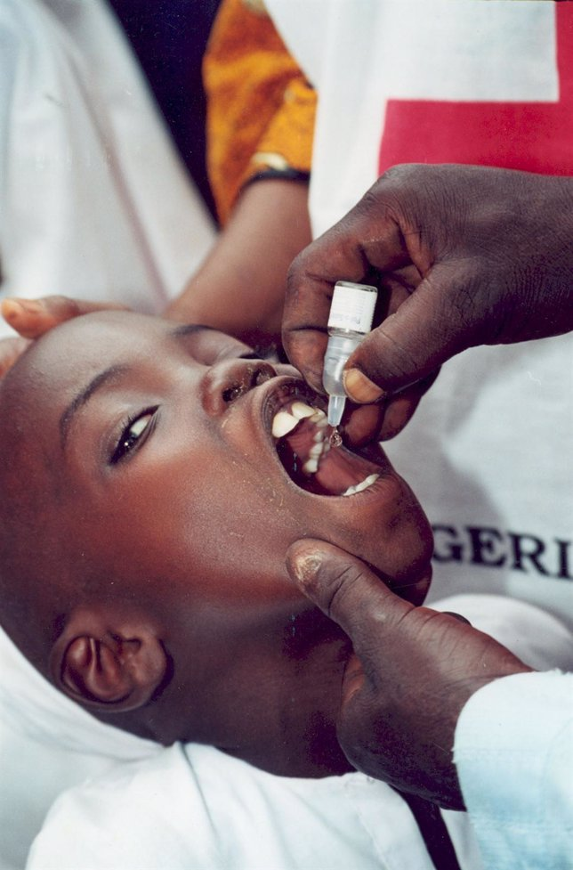 Vacuna Contra La Malaria (CRUZ ROJA)