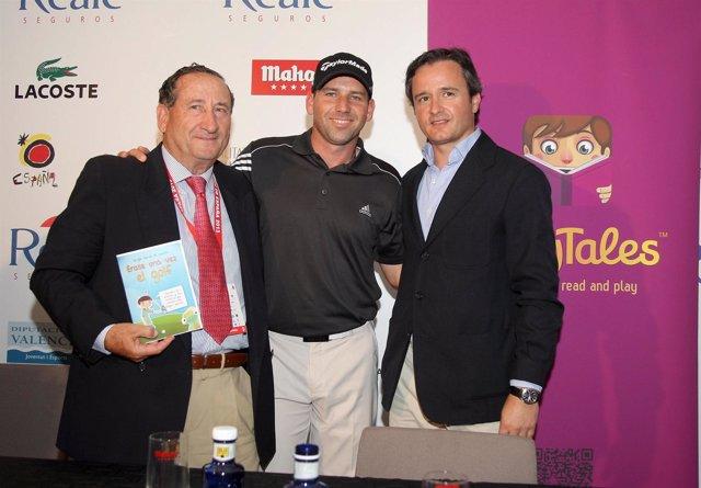 Pascual del Pobil, García y Tapias presentan un cuento interactivo sobre golf.