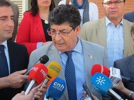 """Valderas valora que la Junta frene el gasoducto en Doñana y espera que el Gobierno """"no se ponga en contra"""""""